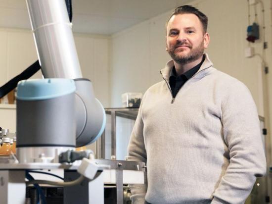 Ola Mellström, Universal Robots försäljningschef i Sverige.