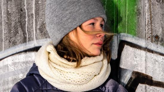 Ella Sikku Kuhmunen 12 år, en av deltagarna i Ung Artist Malmfälten.