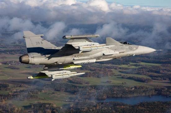 Schweiz behöver ersätta sina gamla stridsflygplan, och Saab hoppas att Gripen E kommer ta över platsen.