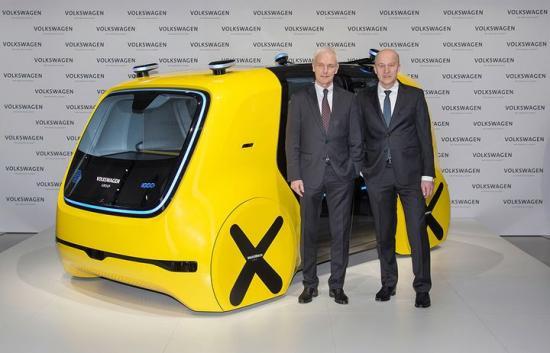 Matthias Müller, VD Volkswagen AG, och Frank Witter, Finansdirektör Volkswagen AG, och SEDRIC.