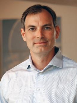 Csaba Madru är vd på Strainlabs AB som har utvecklat ett patenterat system som gör den äldsta maskinen i världen, skruven, till en Internet of Things-lösning som möjliggör industri 4.0.