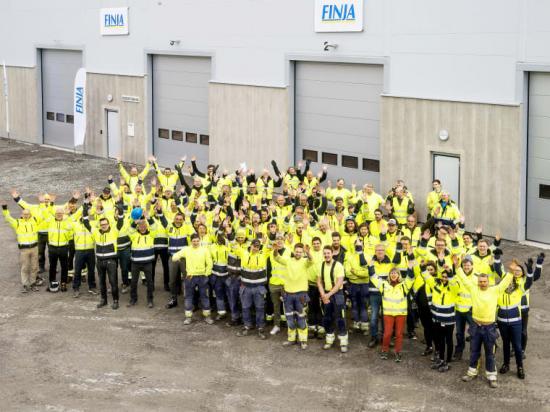 På fabriken i Katrineholm är nu nya moderna produktionslokaler klara att tas i bruk. De nya lokalerna är utrustade med det senaste inom digital produktionsutrustning. Flera vinster görs med nya lokaler som anpassats för verksamheten: Arbetsmiljön blir bättre, energiförbrukningen minskar och produktiviteten ökar när vi får en mer rationell genomförd tillverkning och logistik.