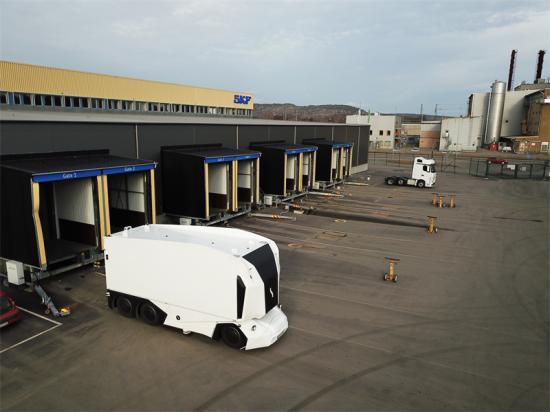 Autonom elektrisk lastbil på SKF i Göteborg.