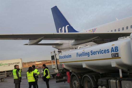 Tankning med biobränsle på Arlanda ur det ordinarie bränslesystemet
