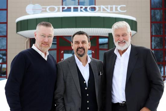 Ulrik Stenbacka, VD, Optronic, Lars Fredin, VD och koncernchef på Dacke Industri, och Pähr Lövgren, avgående styrelseordförande i Optronic.
