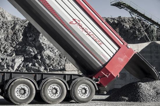 Mantella S.r.l., Italien, har tagit fram en unik design och en innovativ lösning för en trailer och ett flak som representerar en helt ny generation.