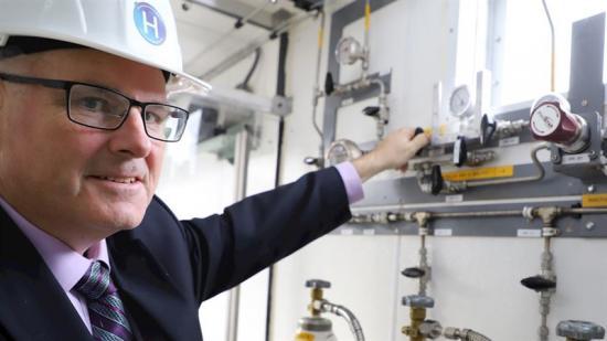 Andrew T.B. Stuart, styrelseordförande och VD för Hydrogen Optimized.