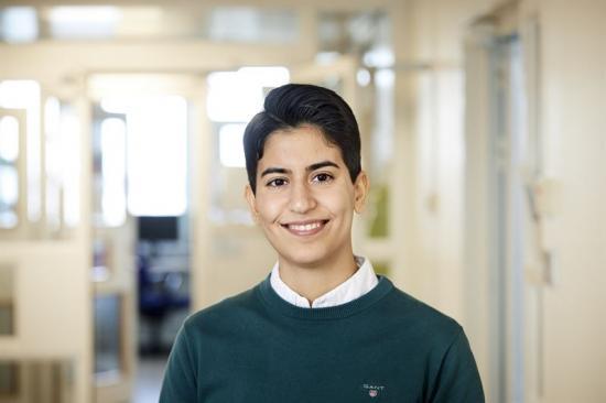 Sozan Darabi, doktorand vid institutionen för kemi och kemiteknik och Wallenberg Wood Science Center, Chalmers.