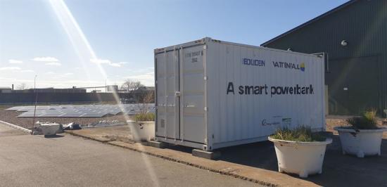 <span><span><span><span>Batteriet </span><span>är en del av ett tvåårigt forskningsprojekt mellan </span>Vattenfall, Boliden och Landskrona Energi med stöd av Energimyndigheten som pågår fram till våren 2022.</span></span></span>