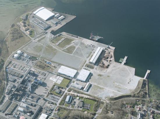 Anläggningssiten i Danmark ligger iNyborgs hamn.