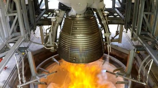 Motorn Vulcain 2.1 under utprovning, Bilden kommer från ESA.
