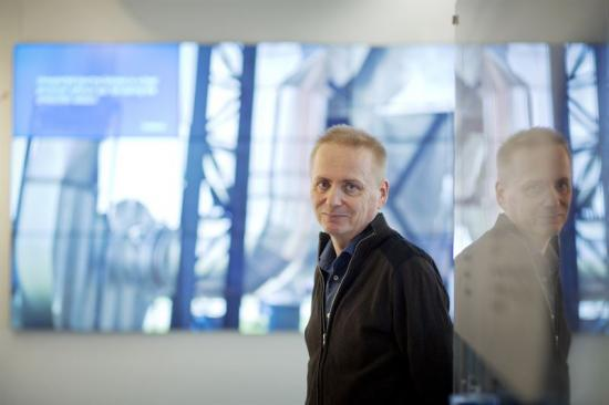 Janne Lundgren håller smörjskola på Teknikscenen på Underhållsmässan i Göteborg tisdag den 13 och fredag den 16 mars.
