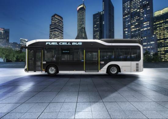 Stadsbussen Sora drivs av elmotorer som får sin energi från vätgasdrivna bränsleceller.
