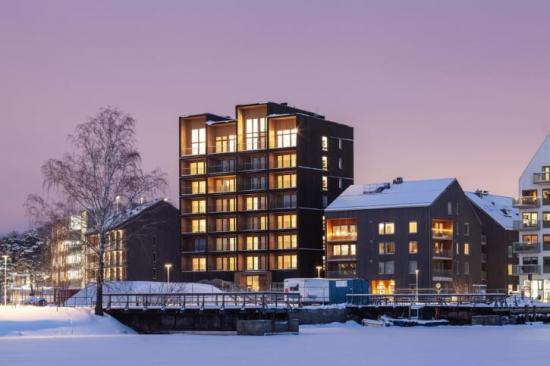 Sveriges högsta massivträhus ligger i stadsdelen Kajstaden i Västerås.