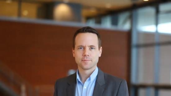 Daniel Ekbåge har disputerat med sin avhandling om processmodellering inom massa- och pappersproduktion.