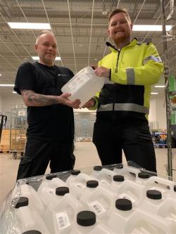 Idag levererarSpendrups330 liter handsprit till Universitetssjukhuset Örebro.